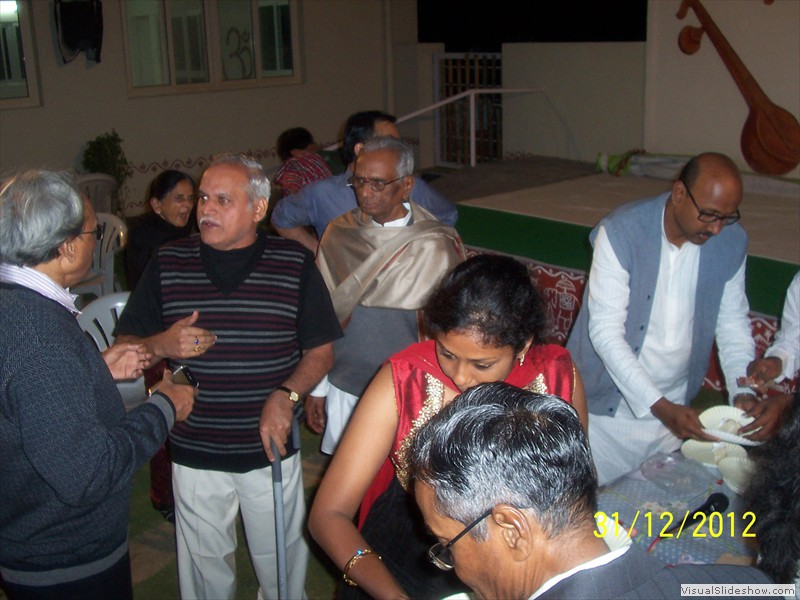 Cake cutting at smiles old age home in hyderabad (5)