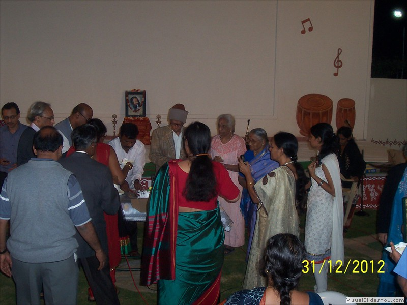 Cake cutting at smiles old age home in hyderabad (6)