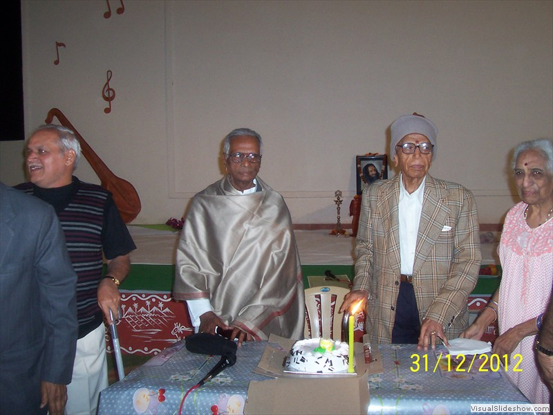 Cake cutting at smiles old age home in hyderabad (7)