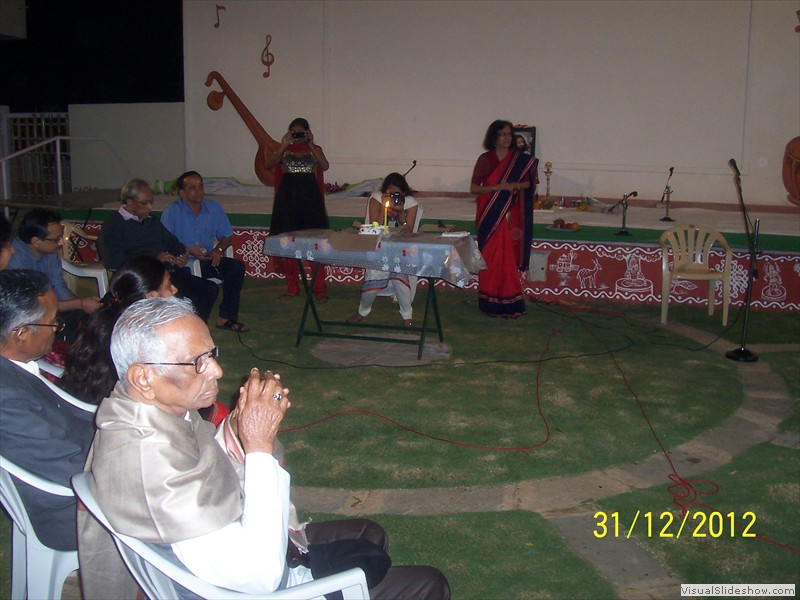 Welcoming all for new year bash at smiles old age home in hyderabad (5)